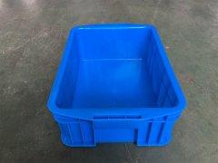 物流箱的品种与分类