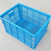 塑料周转箱的形状与应用